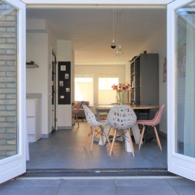 houten openslaande tuindeuren in woning
