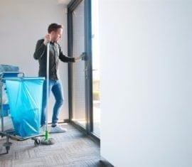 Kozijnen schoonmaken | Toelevering Online